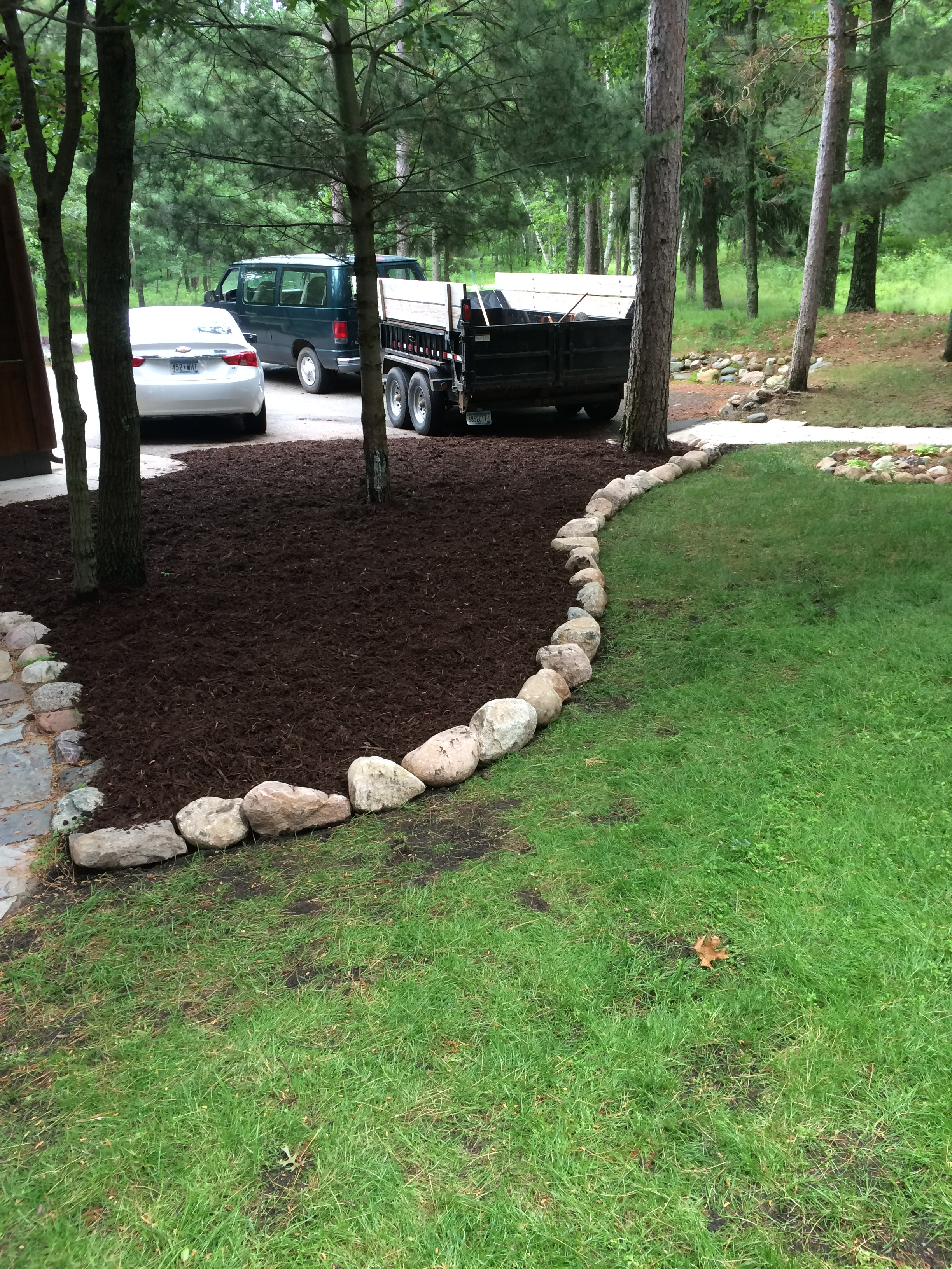 fresh mulch in a Merrifield MN landscape